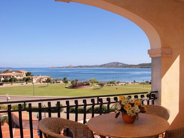 Sardegna vacanze e turismo guida informazioni for Appartamenti sardegna